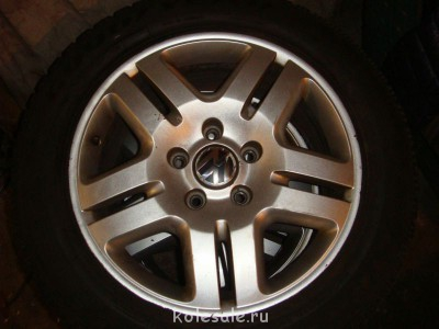 Продам комплект оригинальных дисков для VW TOUAREG R18 - DSC04770.JPG