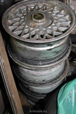 Оригинальные диски Abarth Borbet B 7j ET30 R15 4x98 - IMG_8812.JPG