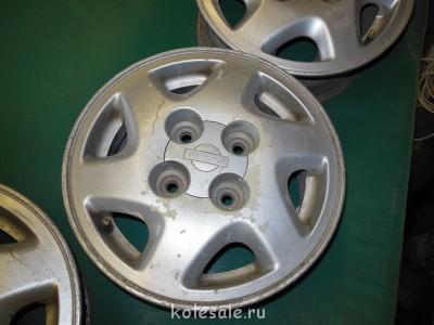 Продам диски NISSAN R14 114.3x4 - DSCN0043.jpg